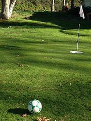 ブログチャレンジ174日目 フットゴルフとは フットボールゴルフのサイトを見た感想 ほぼ日刊を目指しモブログも併用